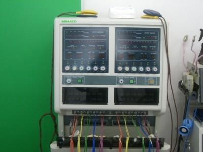 ポイント刺激低周波治療器